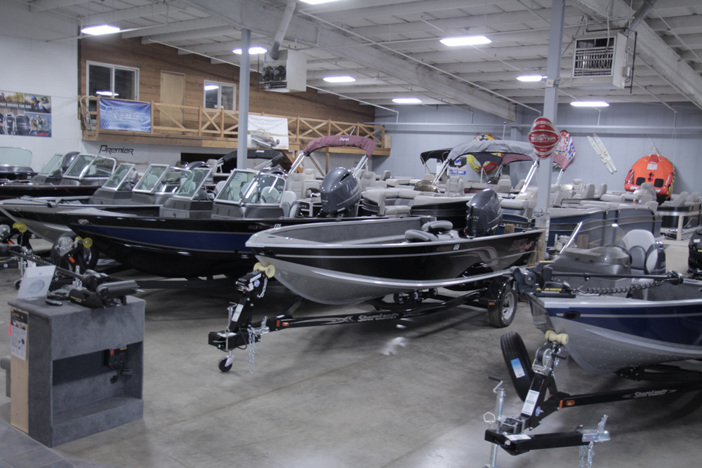 boat showroom alexandria mn